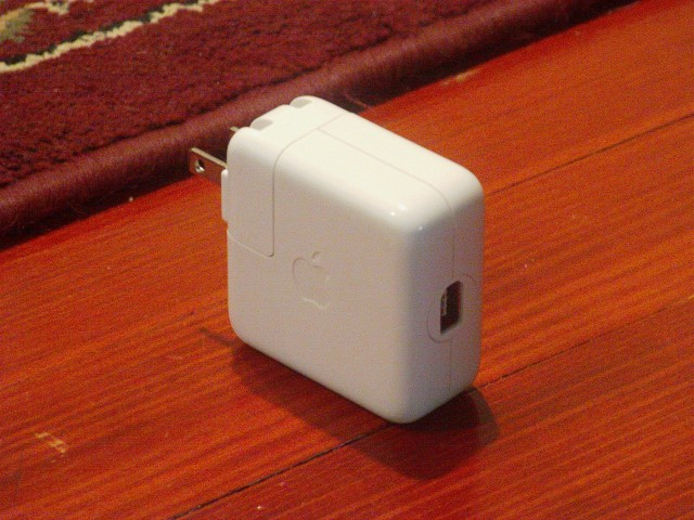 iPod firewire charger